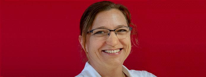 Frau Stephanie Westermann    Fachärztin für Chirurgie, TCM-Medizinerin, Therapeutin für Mind-Body-Medizin